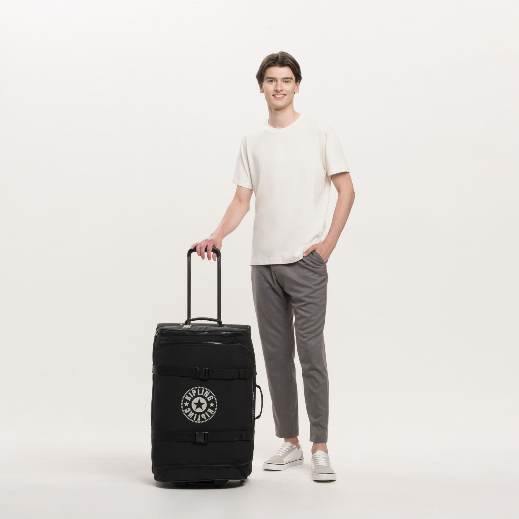 DISTANCE M Latest Luggage by Kipling - view 9